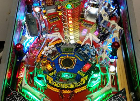 Custom Scared Stiff Pinball Machine 04.jpg