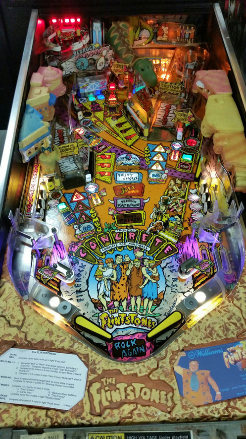The Flintstones Pinball Machine   Williams