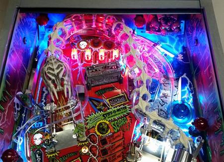Custom Scared Stiff Pinball Machine 010.jpg