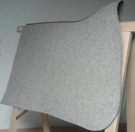 Satteldecken aus Filz