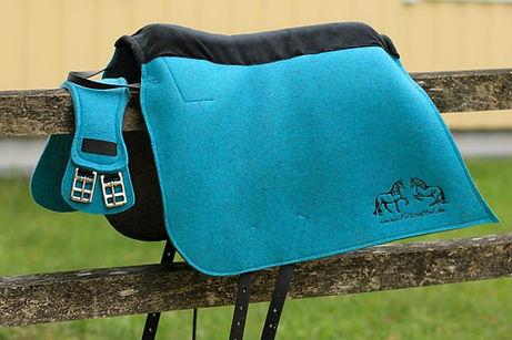 Matching saddle girth for your felt saddle