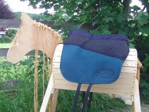 Saffa Skuggi Comfort Zweifarbig Anthrazit/Smaragd Comfortpolster: schwarz Logo: schwarz