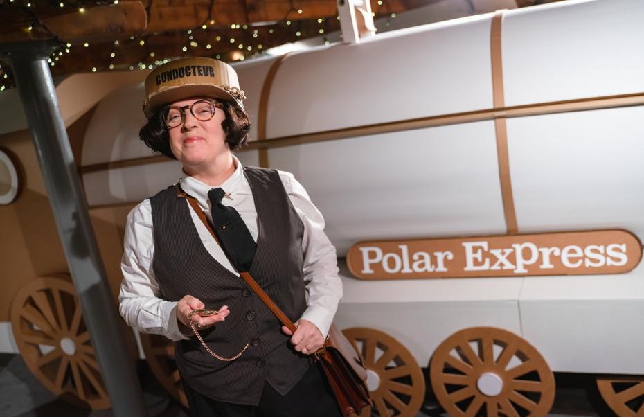 Polar Express at Seven Stories, Newcastle upon Tyne. Chris Van Allsburg. Anderson Press.