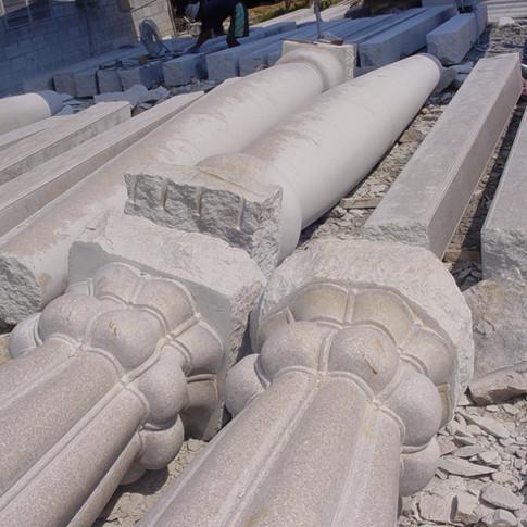 pillars 020.jpg