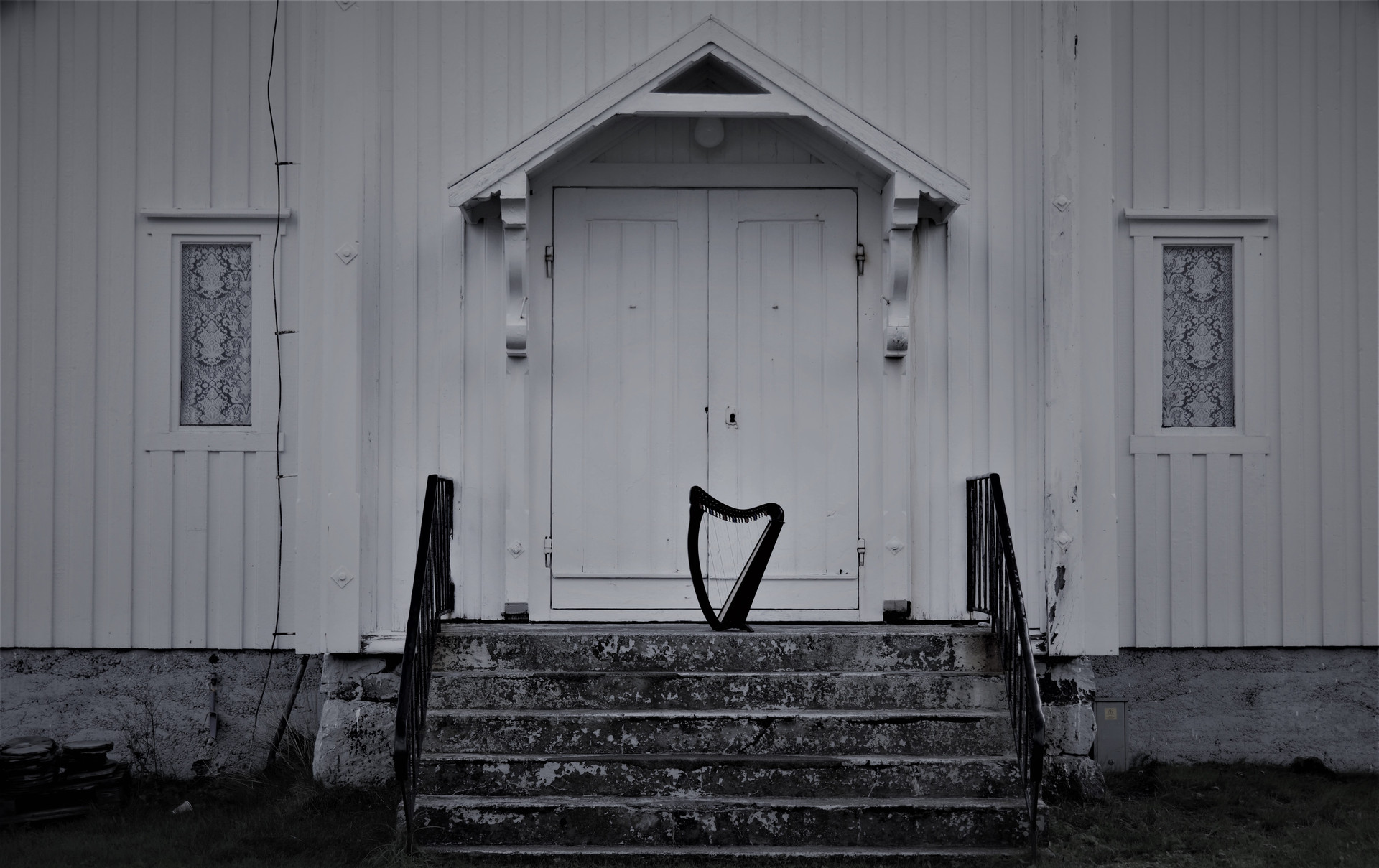 LOFOTEN © (harp and soul production house)