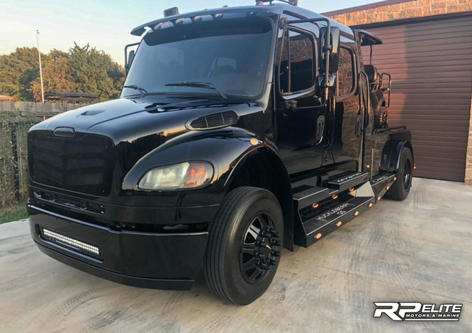 2007 Sportchassis Freightliner M2-106 For Sale