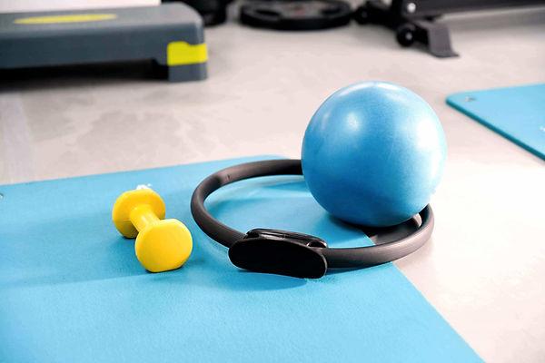 Pilates terapeutico.jpg