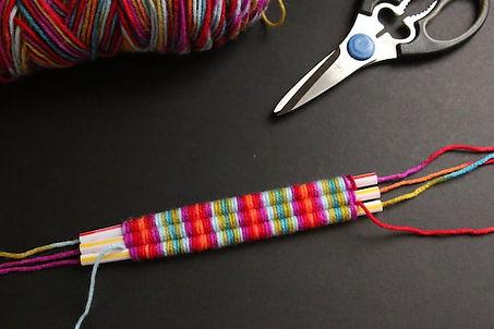 straw-weaving-pink-blue-verigated-yarn.j