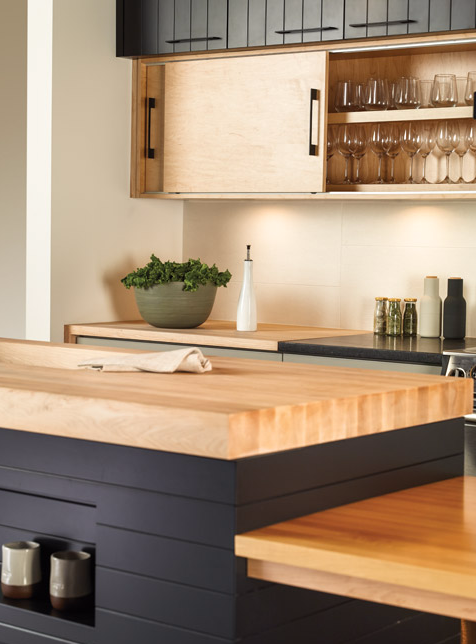 CABICO NATURAL + BLACK CABINETRY
