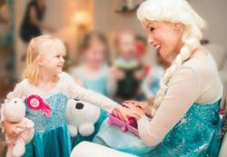 Elsa makeup once upon a princess party t