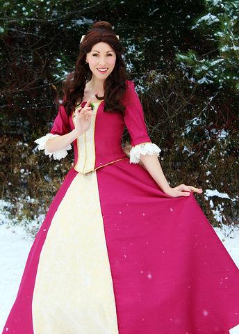 christmas Belle 1.jpg