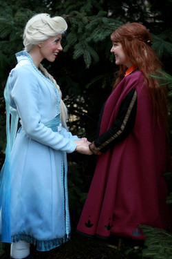 anna and elsa together 2