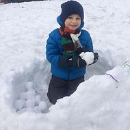 Дети с нетерпением ждут снежных деньков, а с такой игрушкой как снежколеп вдвойне.