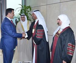 وزير الصحة الدكتور جمال الحربي