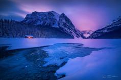 日出前的露易斯湖 V2
