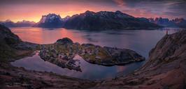 天边的渔村全景.jpg
