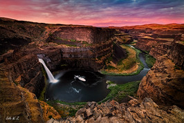 Sunrise on Palouse Falls 日出