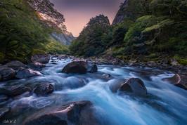 日落在克莱多河
