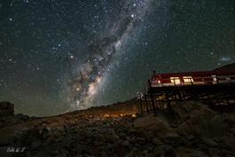 银河下的小木屋 1