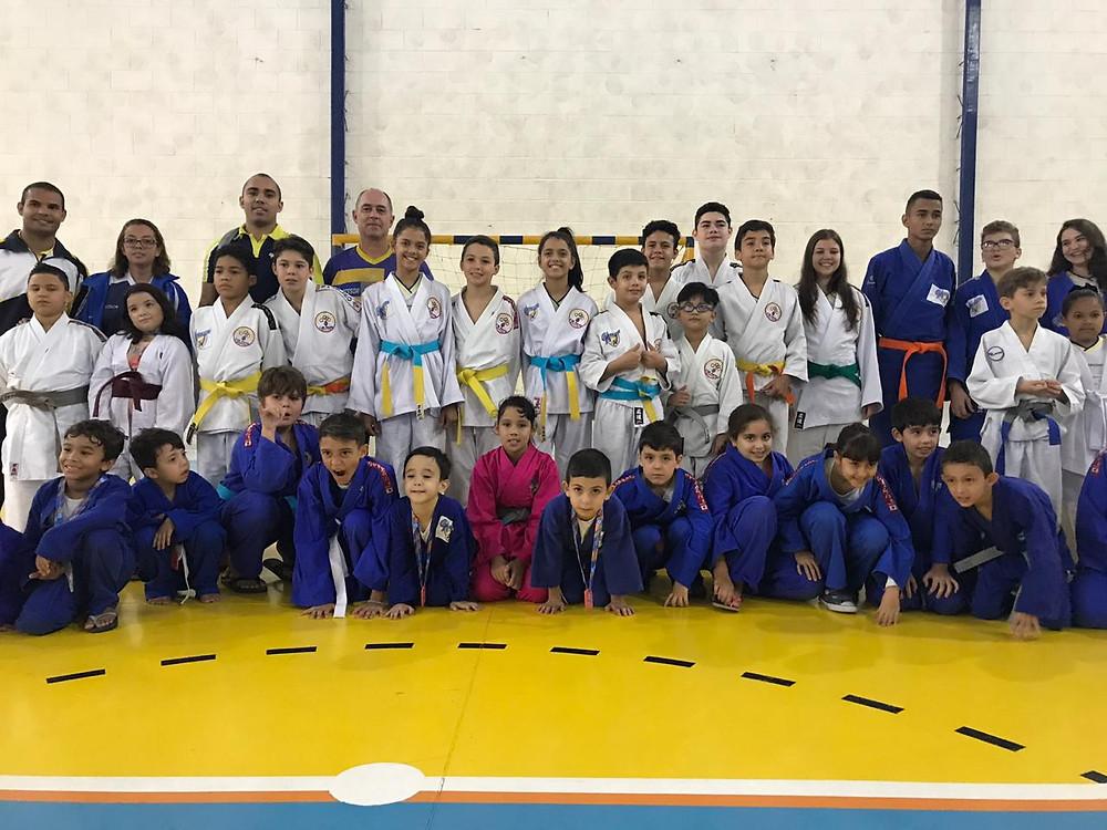 Equipe de Judô Campeã - Colégio Marconi Guarulhos