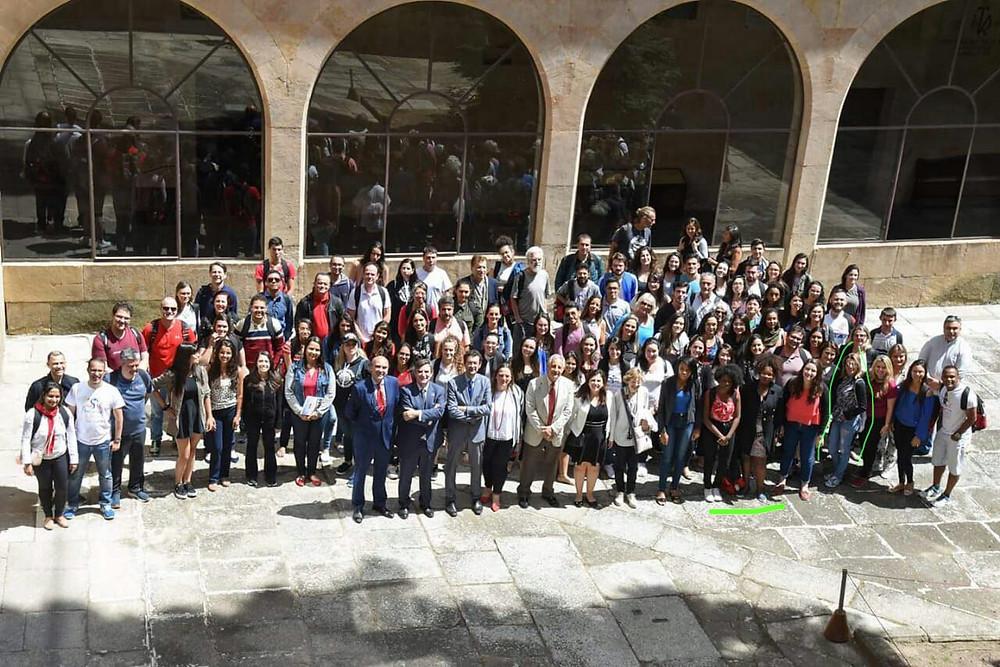 Grupo de representantes brasileiros em Salamanca