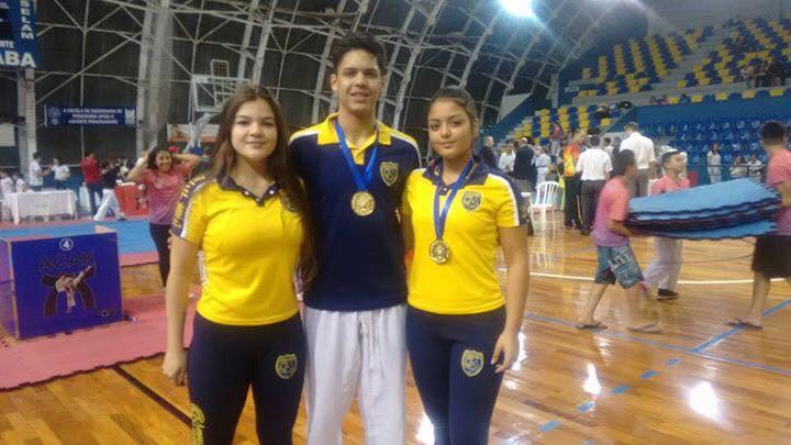 Integrantes da Equipe de Karatê Colégio Marconi/Guarulhos