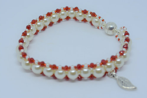 Pearl Bracelet with Red Beads