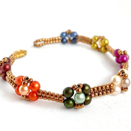 Dahlia bracelet in gold