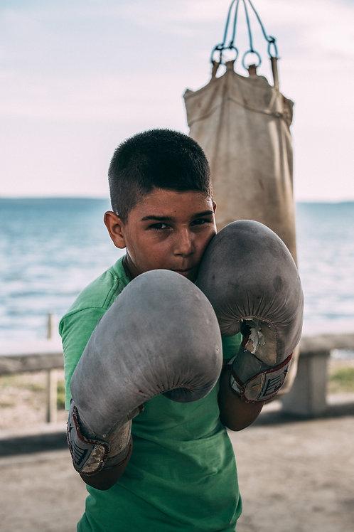 Portrait jeune boxeur Cuba