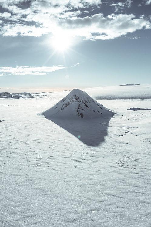 White Mountain 2 Islande