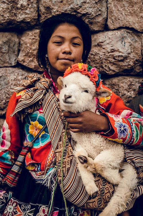 Portrait enfant chèvre Perou