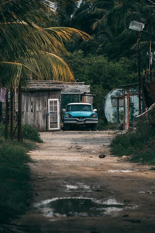 Vielle voiture village Cuba