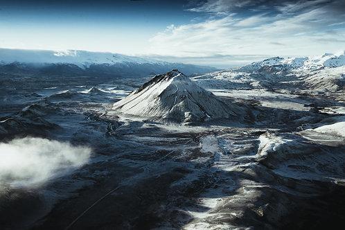 Dark Mountain Islande
