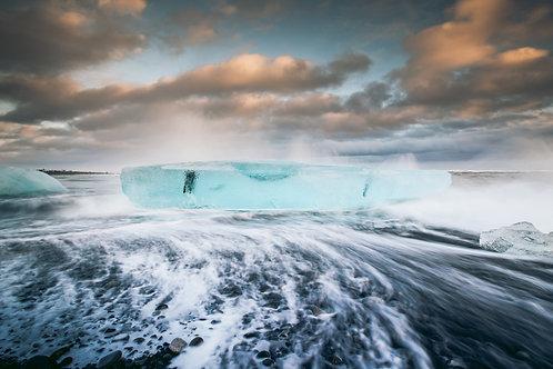 Bloque de glace et vague Islande