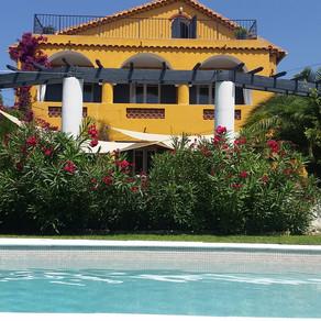 Villa de Caractère avec une splendide vue mer panoramique.