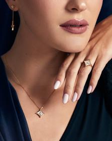 8.Mahra jewelry1516.jpg