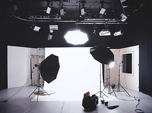 09-Off-Camera-Lighting-System-with-Zach-