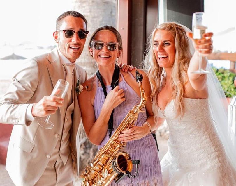 JenJammin Sax, wedding in Spain