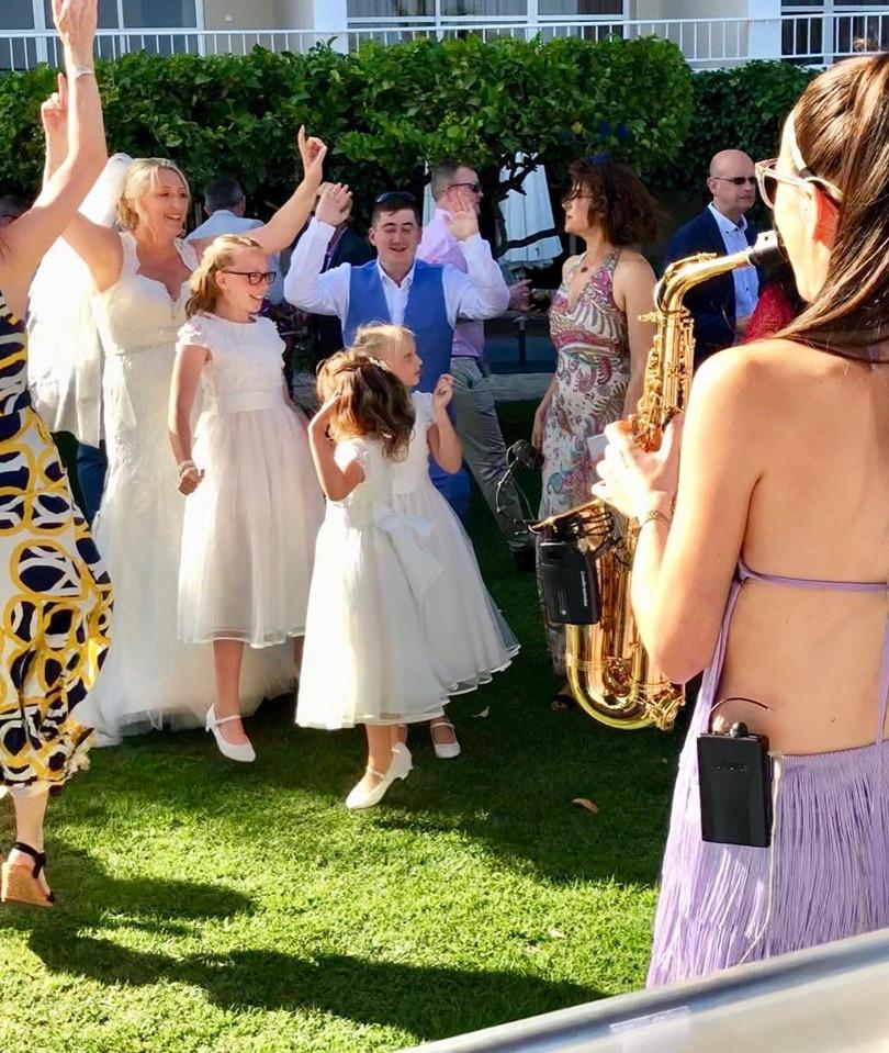 jenjammin sax wedding daytime.jpg