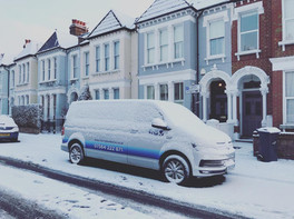 Plumberoo Van in the snow