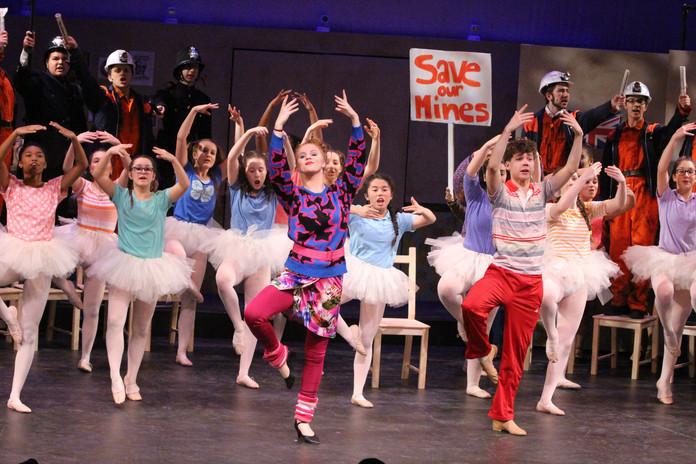 Billy Elliot - The Dance Class