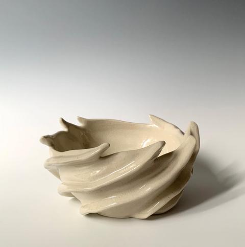 White Swirly Vessel.png