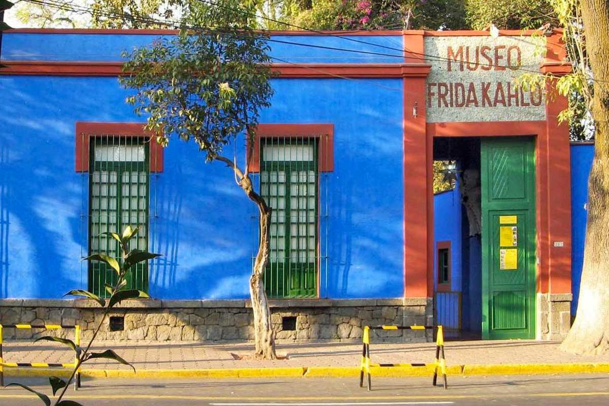 TOUR FRIDA, DIEGO, COYOACÁN-XOCHIMILCO