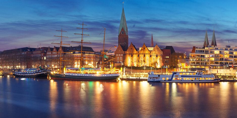 weser-river-and-st-martin-church-bremen-