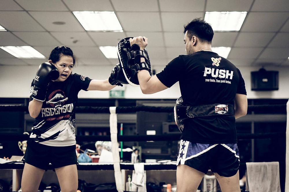 Muay Thai, Padwork