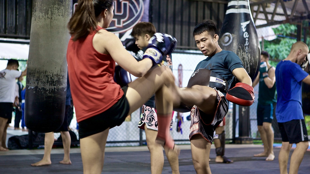 Onyx's Muay Thai Head, Pi' Keng in action. Pi Keng was from the famed Meenayothin Gym in Bangkok.