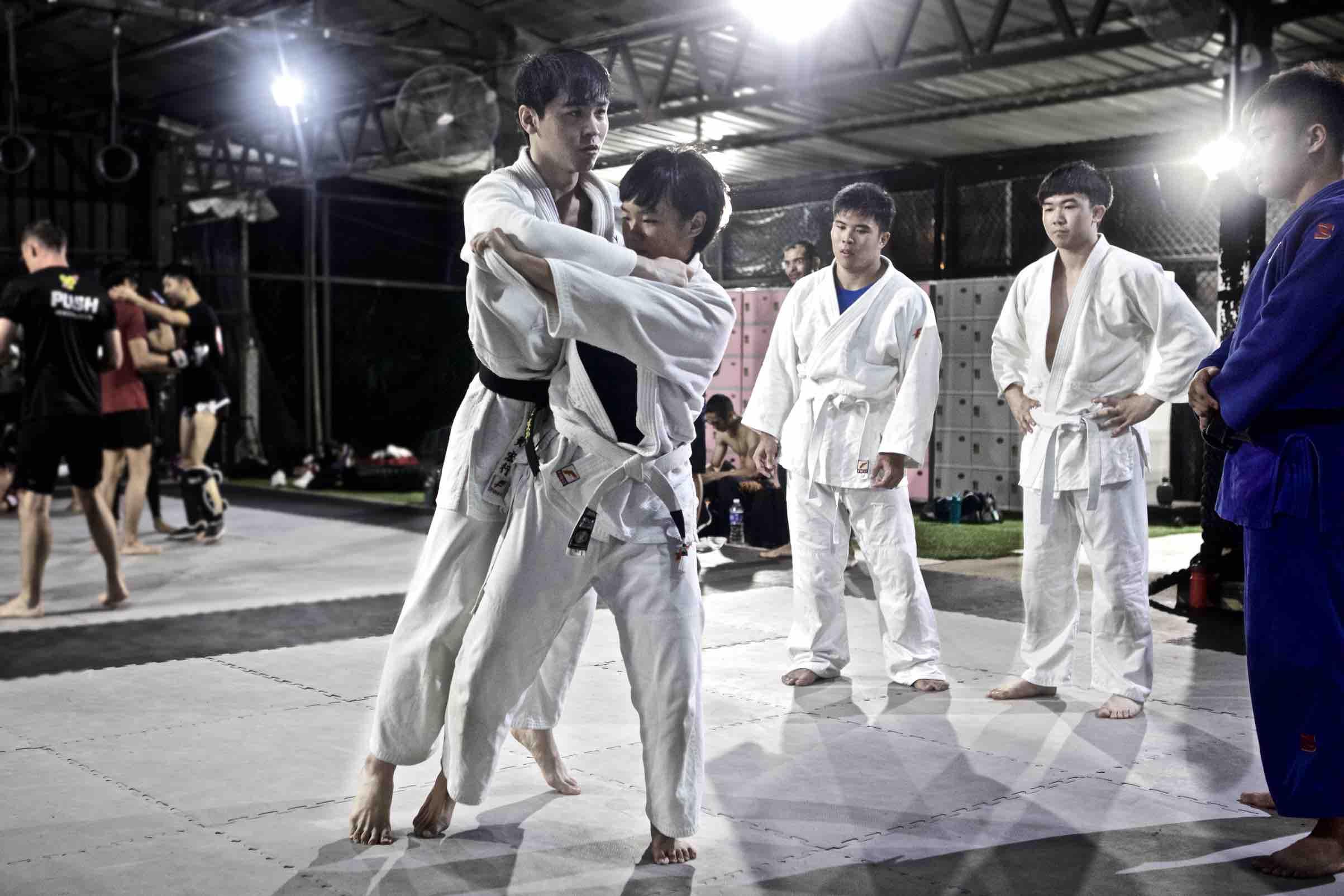 Onyx Judo   Breaking Balance