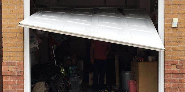 Fault Garage door.jpg
