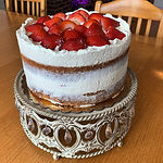 Vanilla Cake with Strawberries & whipped cream (9 inch Cake)