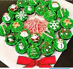 Gluten Free Cupcake Wreath (Vegan cupcake wreath available)